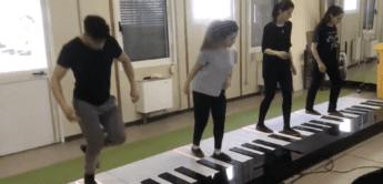 Walking Piano