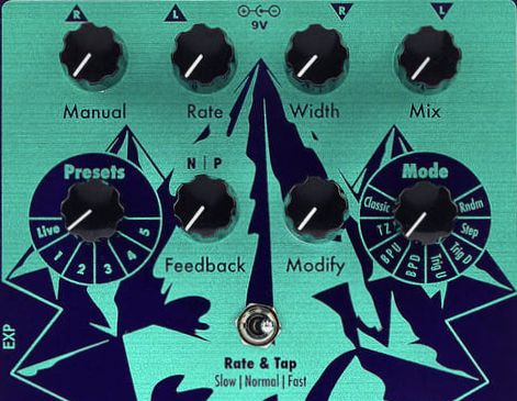 Earthquaker Devices Pyramids panel