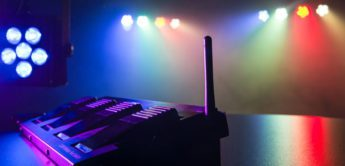 Test: Stairville CLB8 Compact LED Bar 8 Bundle