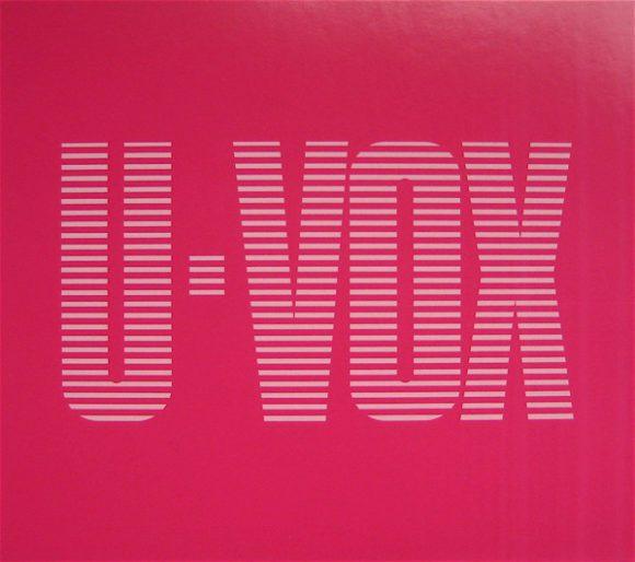 Nicht nur von der grellen Cover-Gestaltung her bedeutete das Album U-Vox einen Bruch mit der Ultravox-Tradition: Schlagzeuger Warren Cann war zuvor aus der Band geworfen worden.