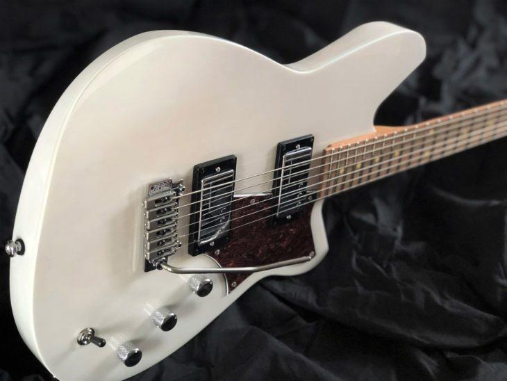 Reverend Descent W Bariton E-Gitarre