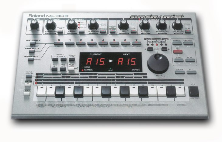 Roland MC-303 Groovebox