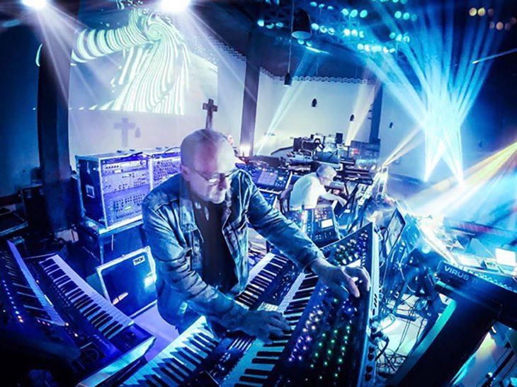 E-Waves Richard Aicher