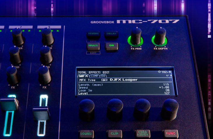 Roland MC-707 Groovebox