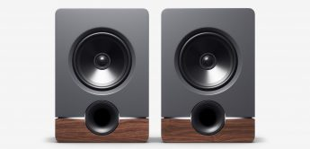 Output Studio Monitors-barefoot audio aufmacher