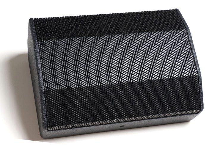 Test: IMG Stageline Flat-M200 und Flat-M100 Bühnenmonitore Test: IMG Stageline Flat-M200 und Flat-M100 Bühnenmonitore Test: IMG Stageline Flat-M200 und Flat-M100 Bühnenmonitore