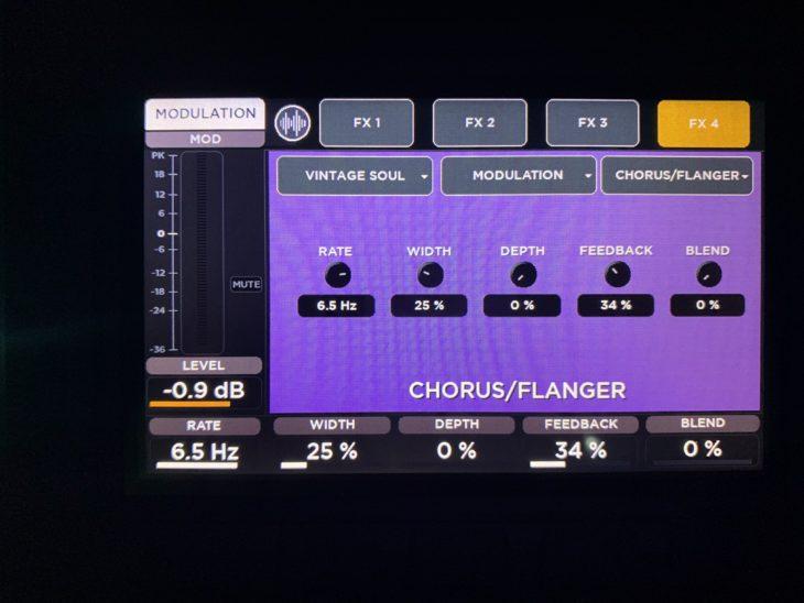 RCF M 20X Digital Mixer_Chorus