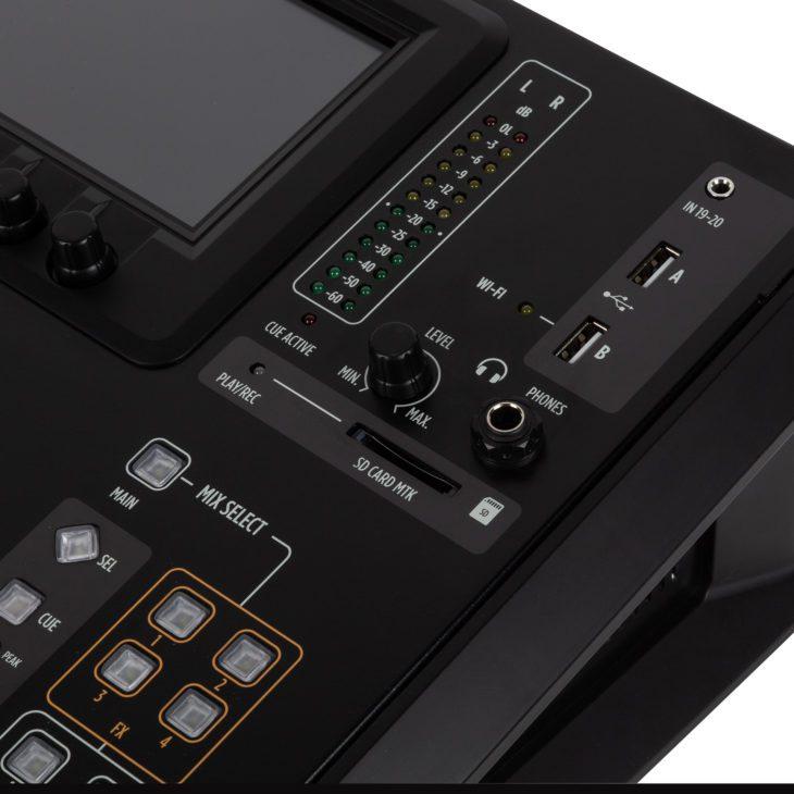 RCF M 20X Digital Mixer_closeup