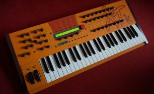 Waldorf Microwave XTk Synthesizer