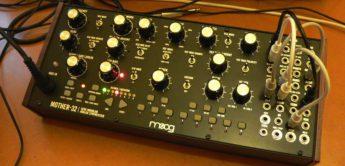 Moog Mother-32, Firmware 2.0 erweitert Sequencer und Clock
