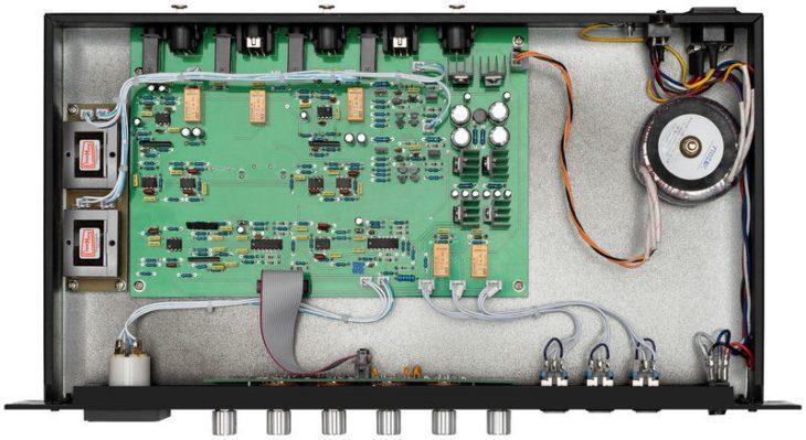 test warm audio bus comp