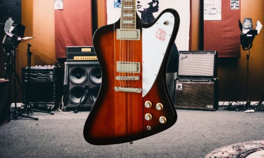 Test: Epiphone Firebird Vintage Sunburst, E-Gitarre