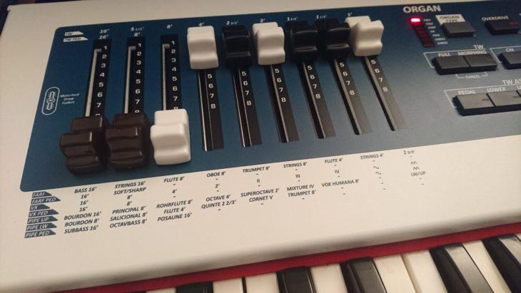 Dexibell J7 Organ Drawbars