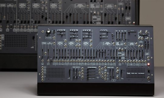 First Look: Korg ARP 2600 M, semi-modularer Synthesizer