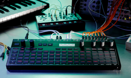Test: Korg SQ-64, polyphoner Step-Sequencer