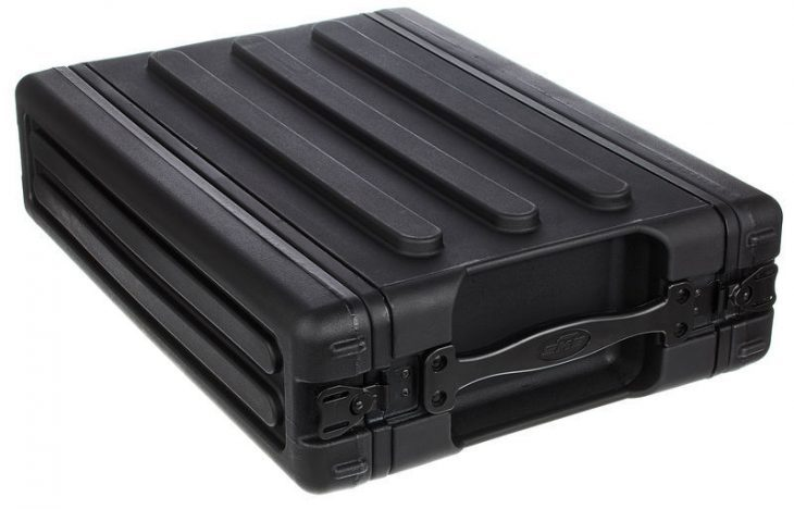 skb roto molded 2u shallow case 1 test