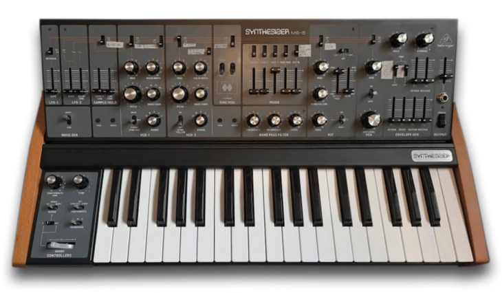 Behringer MS-5 Synthesizer Prototyp