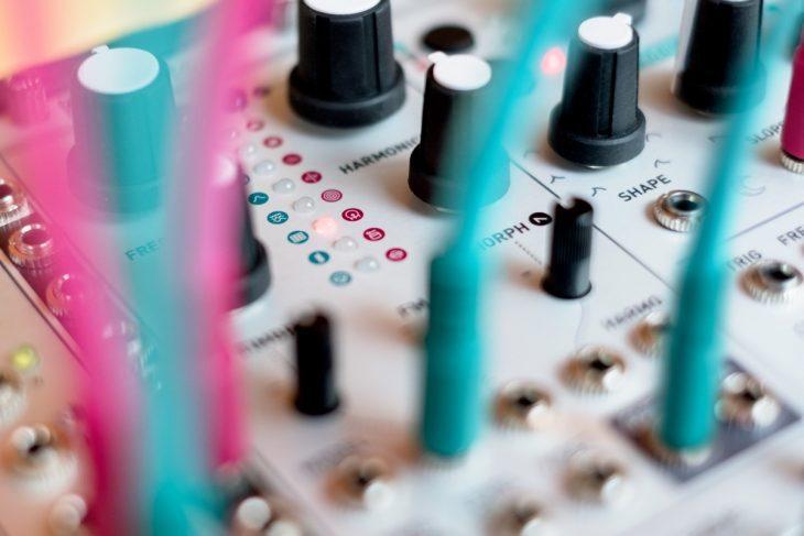 Bild 4 - Mutable Instruments PLAITS - Auswahl der Synthesemodelle