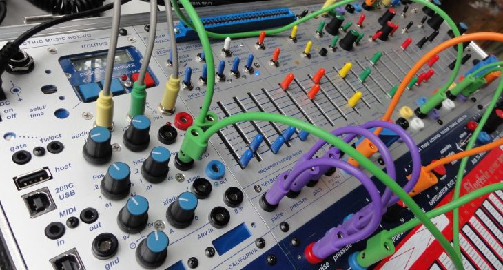 buchla music easel synthesizer close