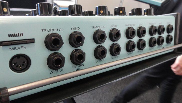erica synths perkons hd-01 drum machine rear
