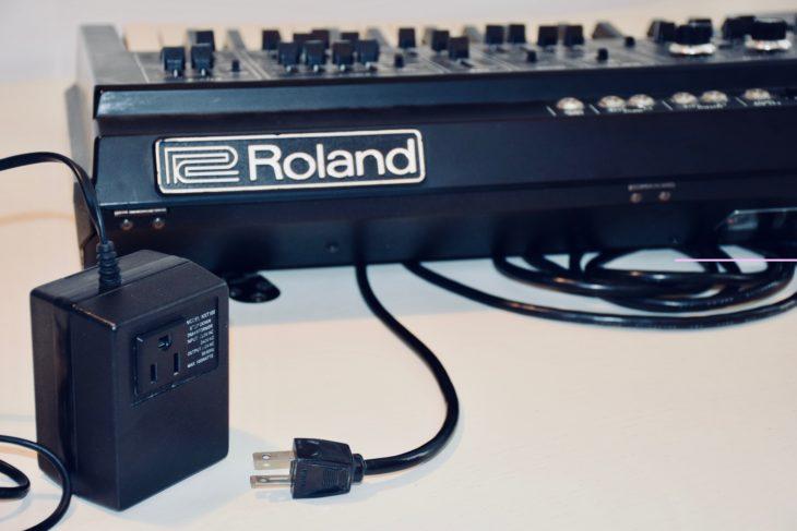 Roland SH-1 Trafo