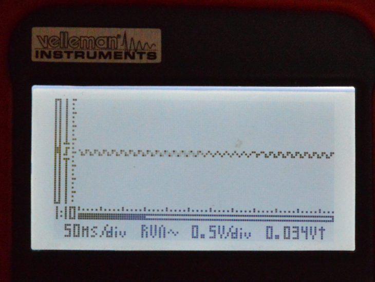 mit der vorliegenden Schaltung bleibt ein RIpple von ca. 10 - 30 mV