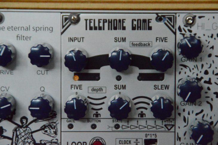 TELEPHONE GAME - Shift Register