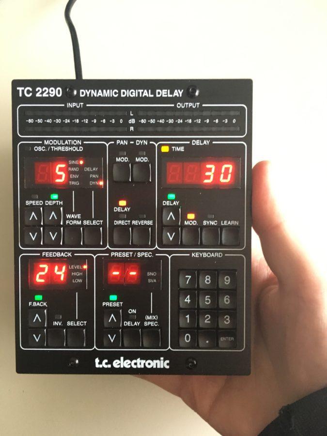 TC2290-DT vs. Hand