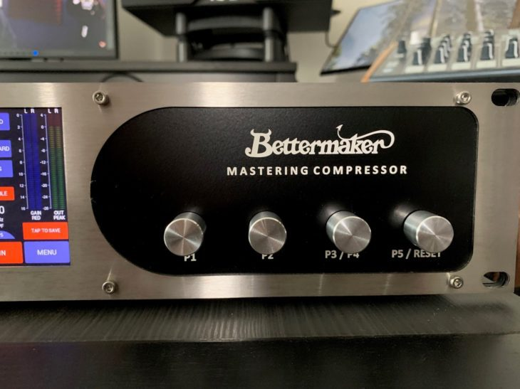 Bettermaker_Mastering_Comp_Front_Right