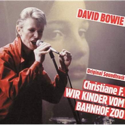 """Nachdem ich David Bowies Auftritt in der Verfilmung """"""""ir Kinder vom Bahnhof Zoo"""" gesehen hatte, musste ich mir dringend auch eine rote Jacke zulegen."""