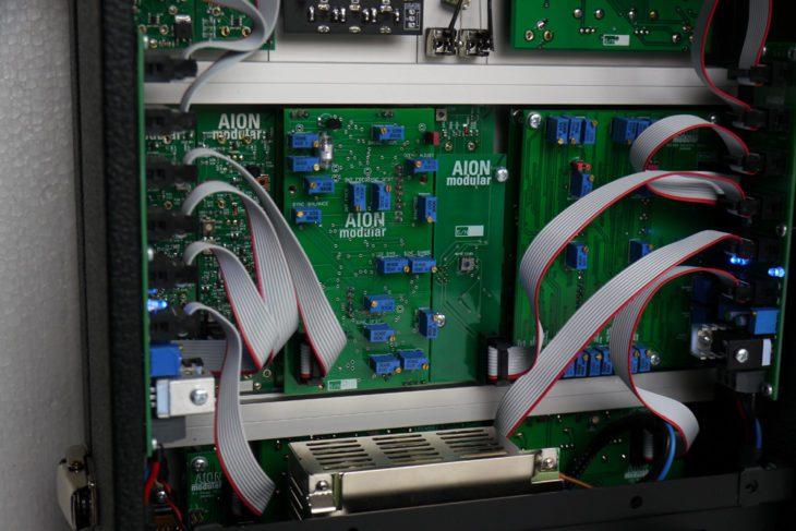 Ein Blick ins Innere des Aion Modular System 15
