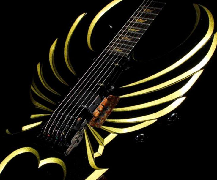 Ausgefallene Gitarren Charvel Phoenix