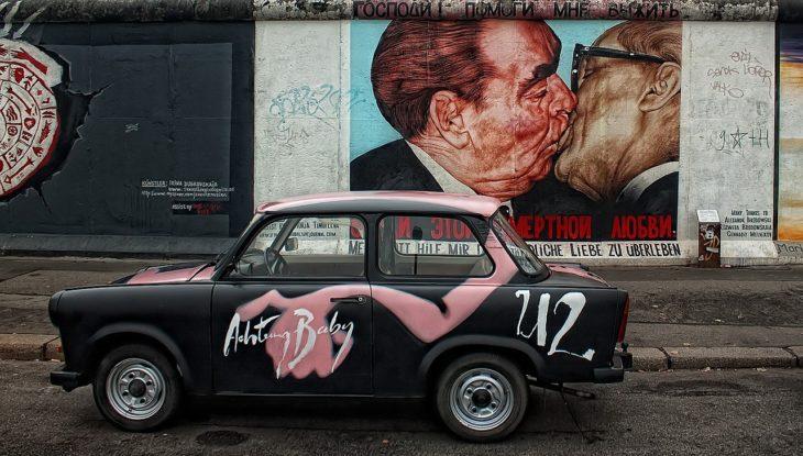 Auch U2 haben in Berlin produziert. Aber Bono hatte kein Bowie-Erlebnis in der Stadt.