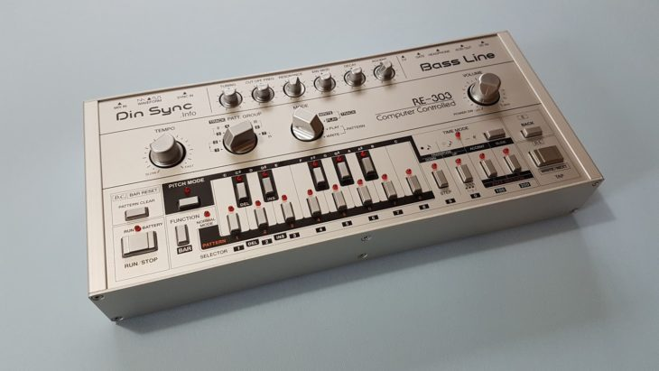 Din Sync RE-303 Silber