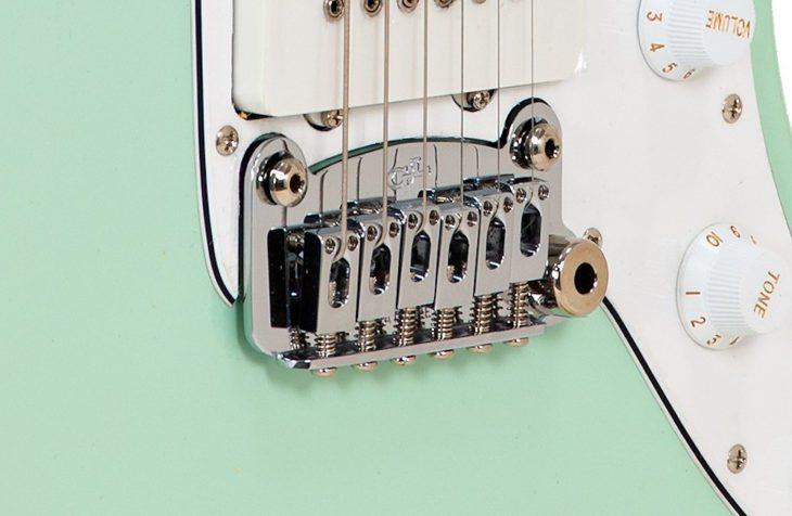 G&L Tribute Doheny Surf Green E-Gitarre Vibrato