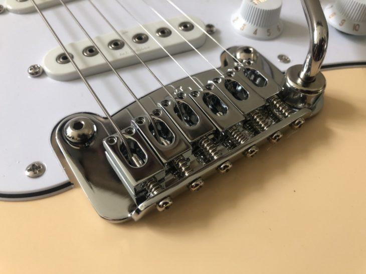 G&L Tribute S-500 Vibrato