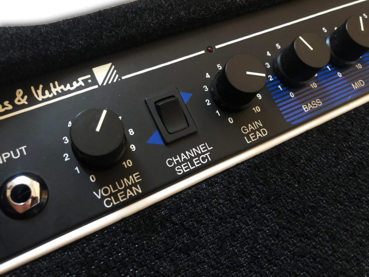 Hughes & Kettner ATS Thirty panel 1