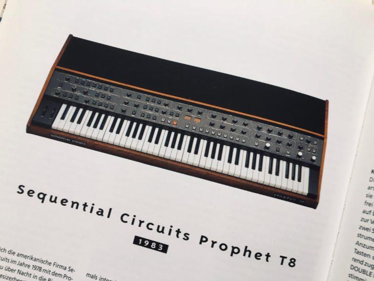 Der Prophet T8 steht heute im Schatten des Prophet 5. Vielleicht sollte man das eindrucksvolle Instrument einer Neubewertung unterziehen.