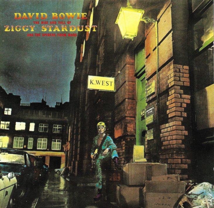 """Ziggy Stardust war für einige Zeit das """"Alter Ego"""" für David Bowie, so wie es später der """"Thin White Duke"""" wurde."""