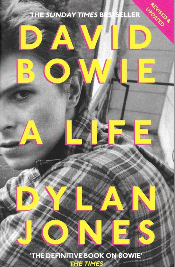 Dylan Jones hat 180 Personen interviewt, die mit Bowie zu tun hatten. Eine echte Fundgrube.