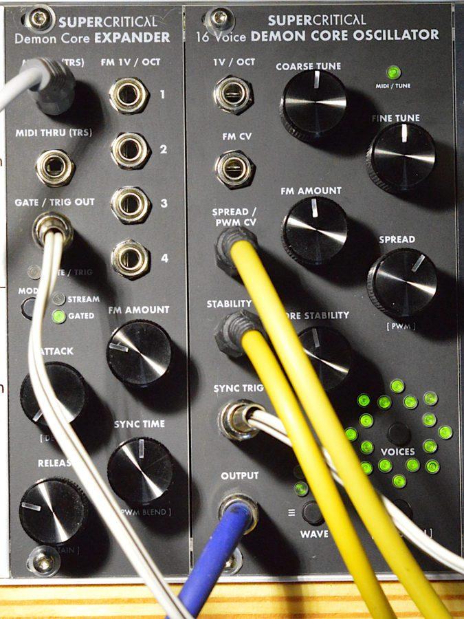 Supercritical Synthesizers Demon Core Oscillator - COre+Expander