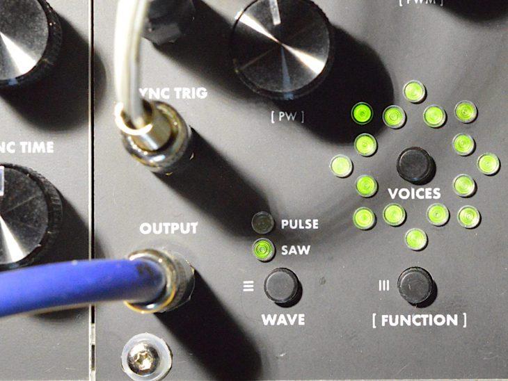 Supercritical Synthesizers Demon Core Oscillator - Pulse-Saw