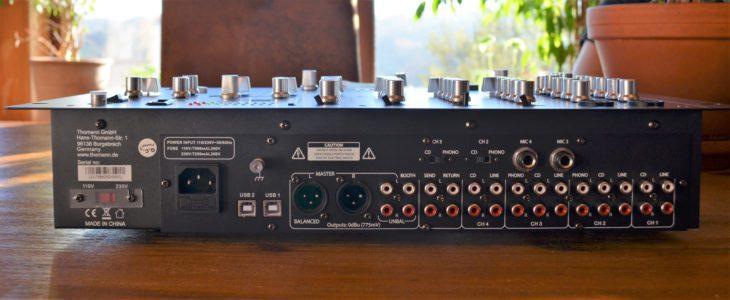 the t.mix 402-USB Play Rückseite