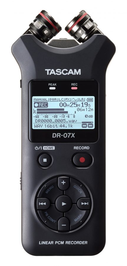 Tascam DR-07X Front XY