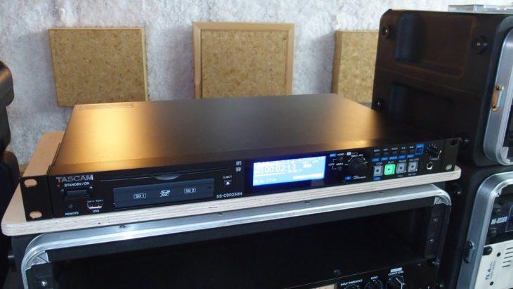 Tascam SS-CDR250N 001