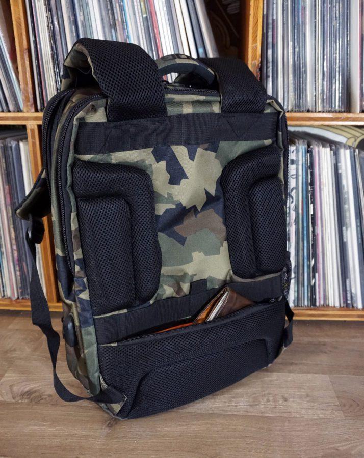 UDG Ultimate Back Slim Black Camo