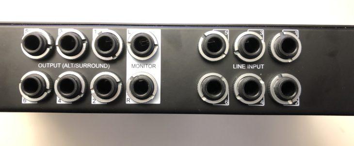 Universal Audio Apollo x6 Rückseite Mitte