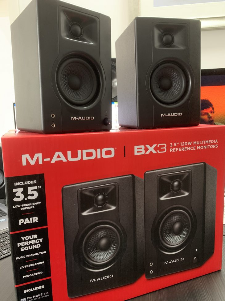 M-Audio_BX3_4_Retail