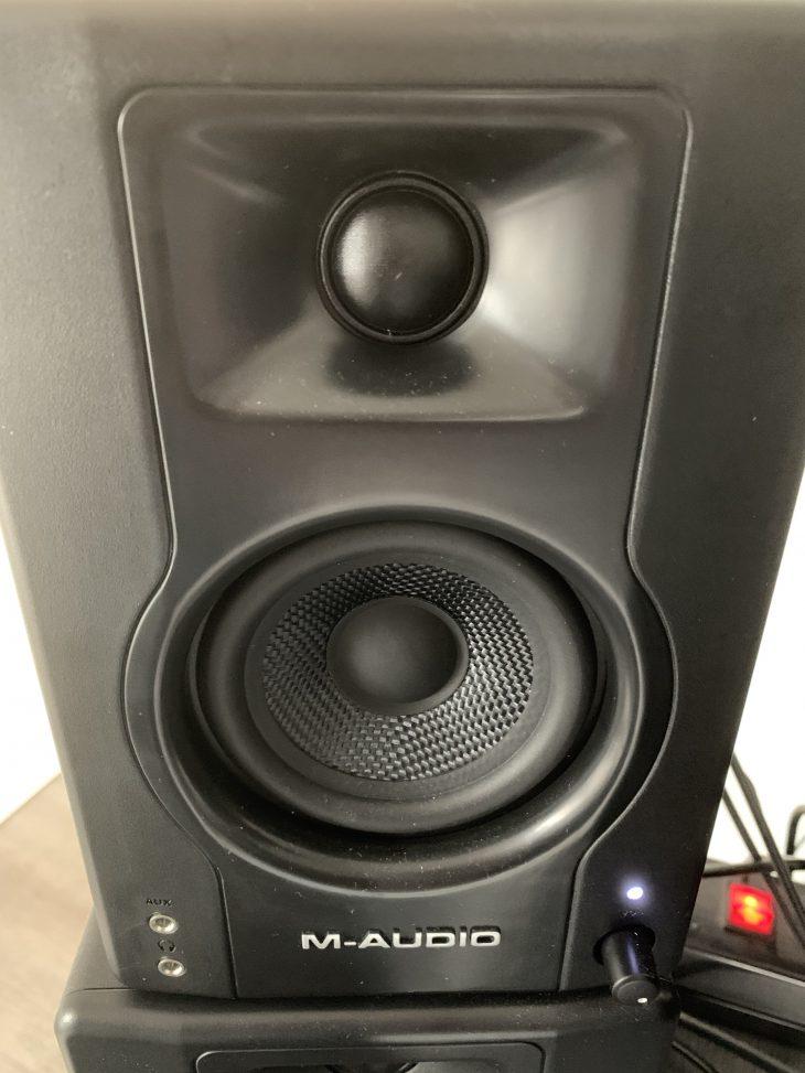 M-Audio_BX3_4_front