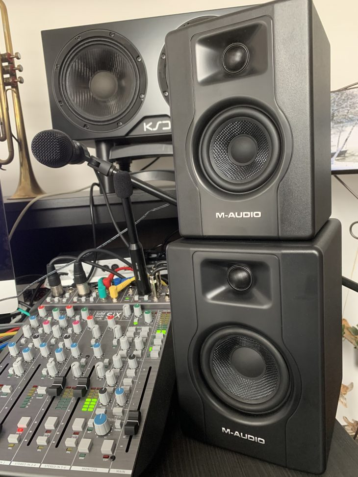 M-Audio_BX3_4_Studi
